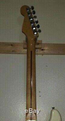 1988 Fender Squier Stratocaster Olympic White RARE MODEL NICE! READ DESCRIPTION