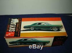 AMT 4031-100 RARE 1966 Buick Skylark Craftman Series 1/25 MIB Kit Original NICE