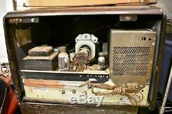 Nice Rare Antique 1949 RCA Victor Model 9-T-246 10 TV & Orig Wood Stand KCS38