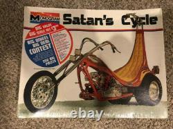 RARE Sealed TOM DANIEL'S Satans Cycle MONOGRAM MODEL KIT #7542 18 scale Nice