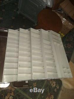 RARE VINTAGE UMCO 4500-UPB POSSUM BELLY TACKLE BOX nice used cond