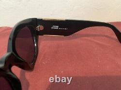 RARE Vintage Versace 420/C 852 Black Frame with Gray Lens + Case NICE