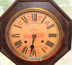 Rare Antique Coca Cola 5 Cent Adversting clock Nice