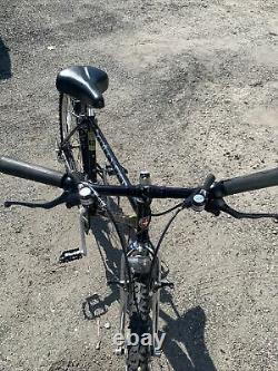 Rare Find Vintage Schwinn Cimarron Mt. Bike Nice Condition 18