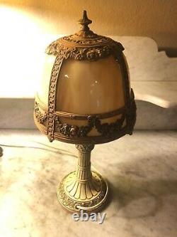 Rare! Nice Antique Boudoir Table Lamp Flowers Curved Bent Cream Slag Glass Shade