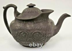 Vintage ANTIQUE 18th-19THC WEDGWOOD BLACK BASALT 5.5x9 RARE Teapot w Lid NICE